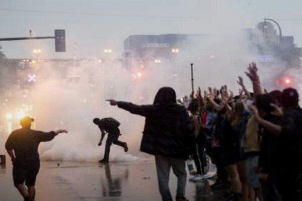 شهردار میناپولیس آمریکا مقررات منع رفت و آمد اعلام نمود
